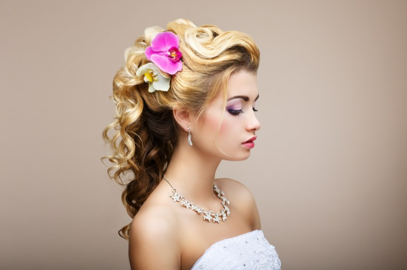 Alluring And Attractive Pixie Cut With Nice Side Swept Bangs 25 Wedding Hairstyles